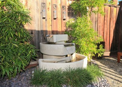 Calming fountain with bamboo