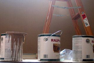 Alkyd vs. Laytex Paint ~ What's the Difference?